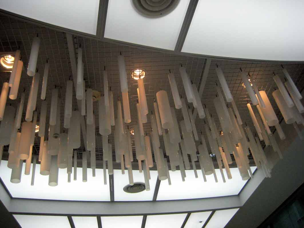ceiling-narita.jpg